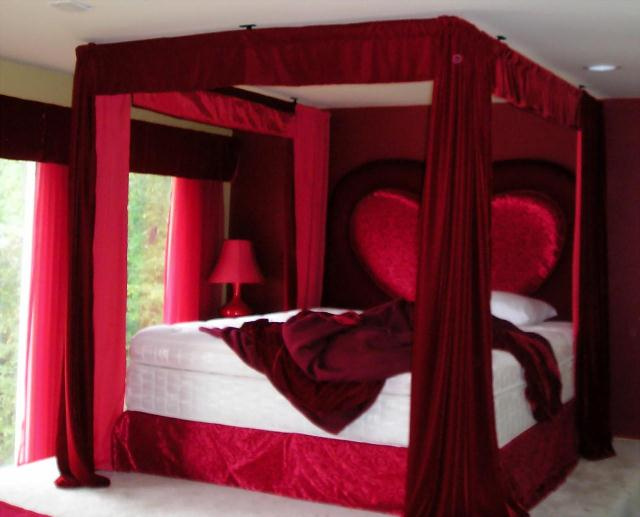 red-bedroom-1