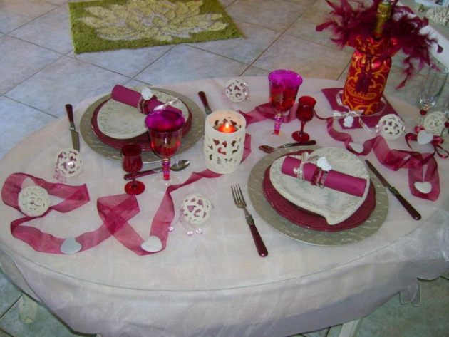 st-valentine-table-setting1-1
