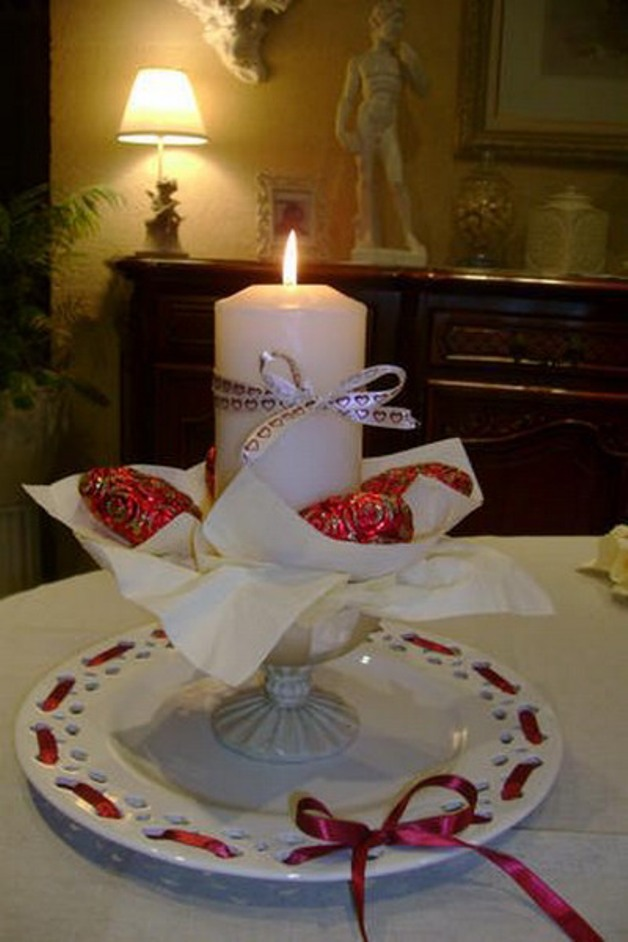 st-valentine-table-setting2-11_0