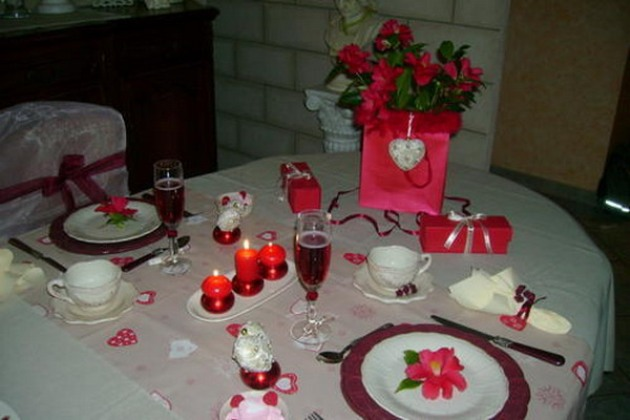 st-valentine-table-setting2-2_0