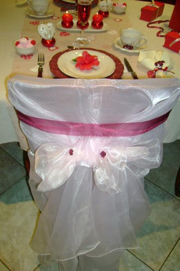 st-valentine-table-setting2-9_0