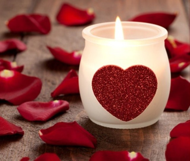 St-Valentines_Day_candles-1
