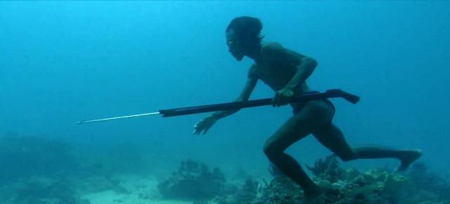 underwater-hunting-3