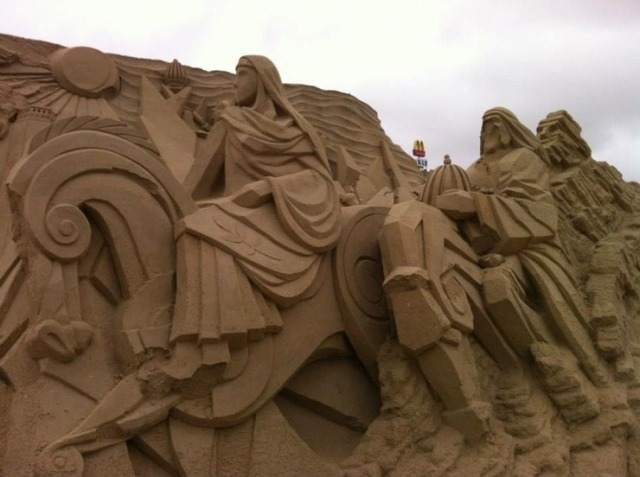 kuwait-sand-sculptures-2