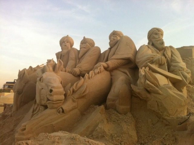 kuwait-sand-sculptures-6