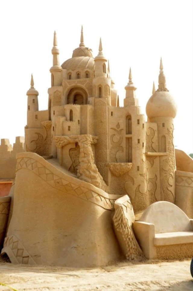 kuwait-sand-sculptures-9