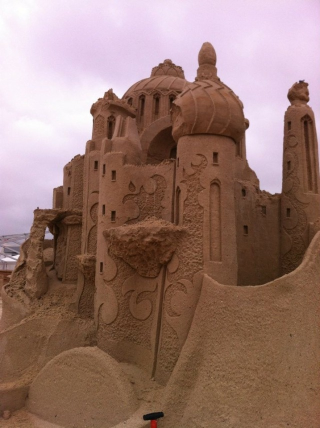 kuwait-sand-sculptures