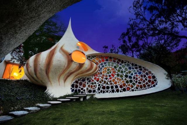 ნაუტილუსი – ნიჟარის ფორმის სახლი მექსიკელი არქიტექტორისგან