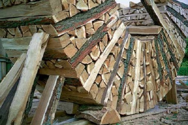 stacking-firewood-45
