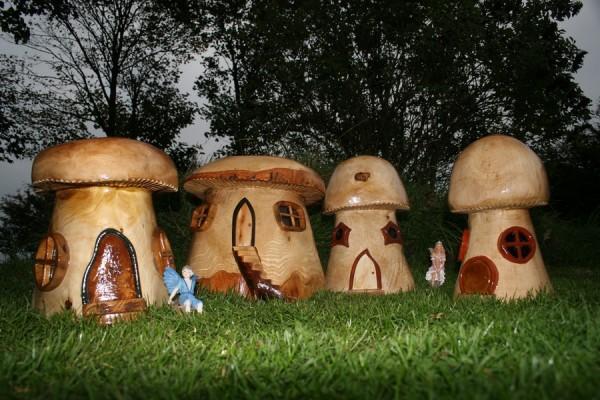 ინგლისელი არტისტის სოკოს ქოხები
