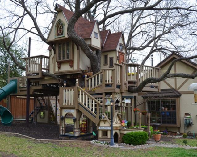 Fabulous-Tree-House-1