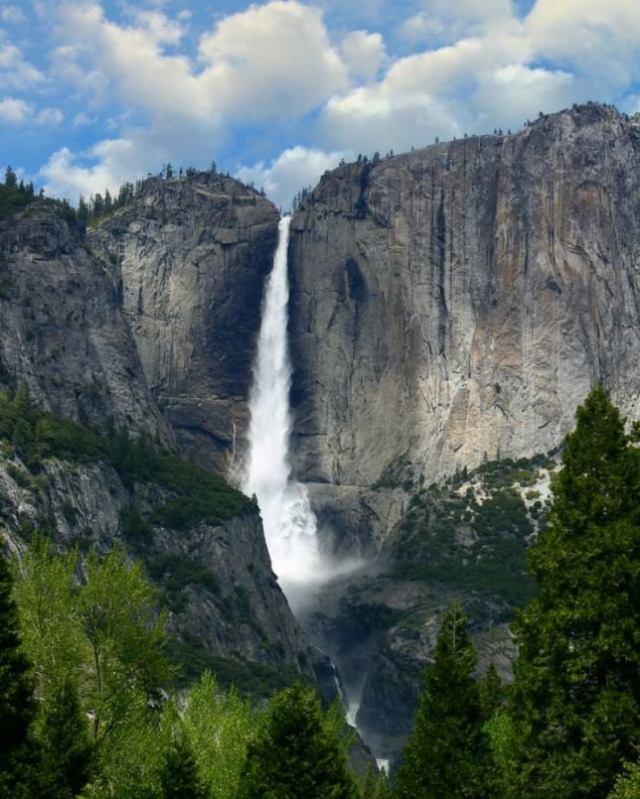 8 Yosmite-Falls